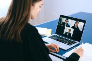 Как Создать Программное Обеспечение для Онлайн-Видеовстреч, как Zoom?